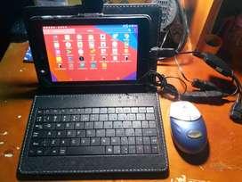 Tablet LG G pad 7 con Teclado y Mouse