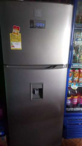 Nevera electrolux 401 litros