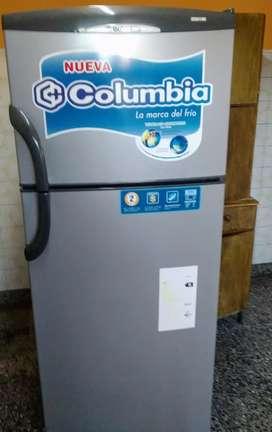 Heladera Columbia con Freezer