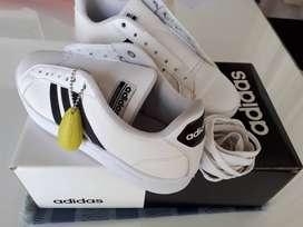 Zapatillas Adidas Originales, Nuevas!!!