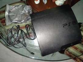 Se vende PlayStation 3 en buen estado.
