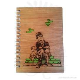 Cuaderno madera Charles Chaplin para personalizar – Precio COP