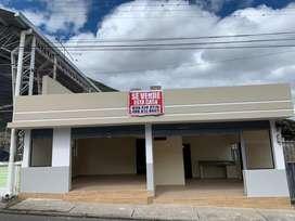 Se vende casa comercial en Yahuarococha
