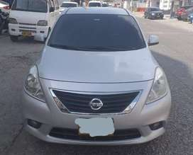 Nissan Versa Advance 1.6 2013