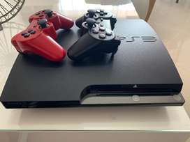 Play Station 3 - Incluye 2 controles
