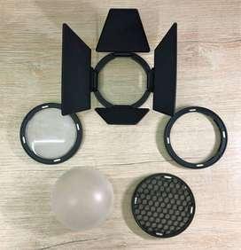 Modificadores magnéticos Godox AK-R1  para flash AD200 producto de segunda mano, estado como nuevo.