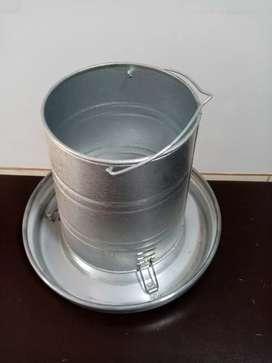 Comedero tolva con plato de aluminio 6kg