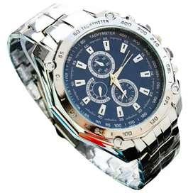Reloj de acero inoxidable para hombre.