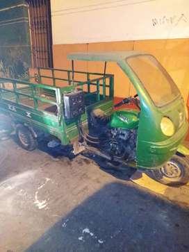 Motocarreta marca kamax para llevar todo tipo mercadería