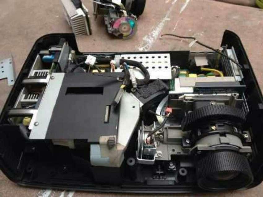Repuestos Proyectores Y Videobeam Mantenimiento Reparación