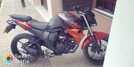 Vendo Yamaha rz 2.0 sin detalles.