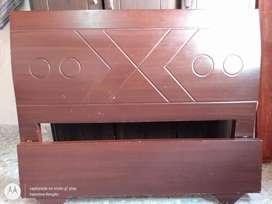 Cama de segunda en madera