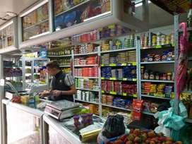 Auxiliar de supermercado hombre con experiencia