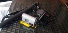 Cámara SONY HDR-AS100V más accesorios
