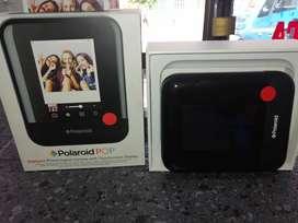 Cámara instantánea marca polaroid pop nueva