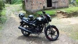Vendo moto honda CBF 150 en muy buen estado