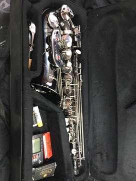 Saxofon Mendini By Celicio