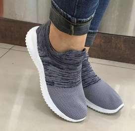 Zapato zapatillas tenia dama