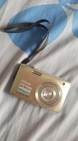 Camara Nikon Coolppix s3100