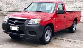 Mazda bt-50 cs 4x2 a gasolina año 2011 con 120.000 km.
