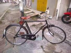 Vendo bicicleta turimera marca  monark clásica antigua