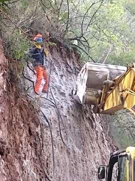 Servicio de perforación y voladura de roca