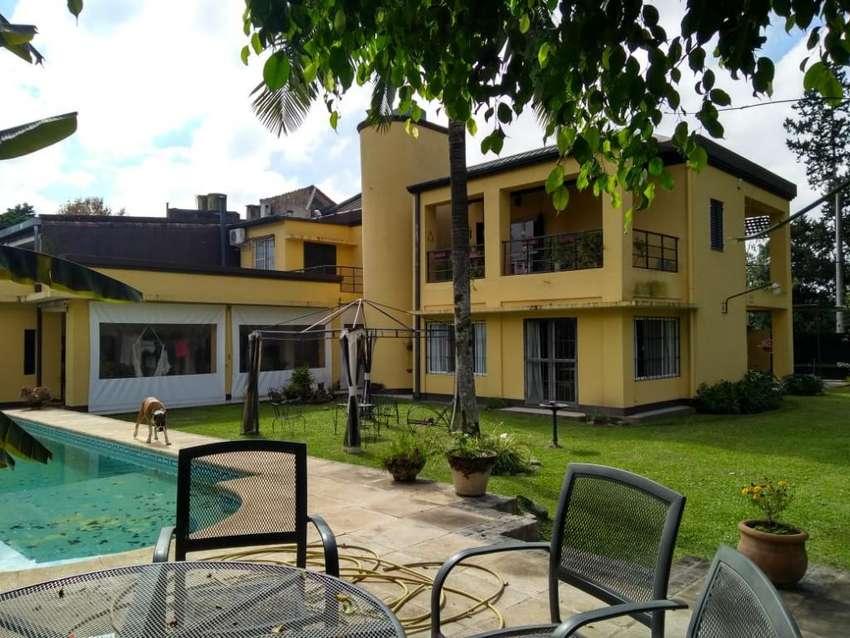 Hermosa Casa a 50mts Av. Aconquija 2600 0