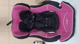 Se vende silla de bebé para el carro marca Infanti
