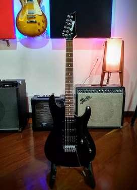Guitarra eléctrica Ibanez gio con estuche