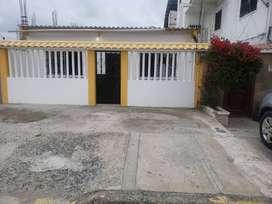 Venta de Villa Bonita Libertad - Santa Elena . OPCIÓN DE PERMUTA CON CASA EN GUAYAQUIL BUEN SECTOR!