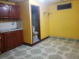 Cuarto de alquiler para persona sola O una pareja en Machala