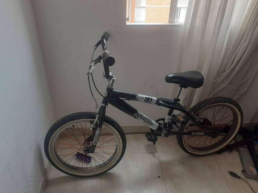 Bicicleta Cross BMX 0