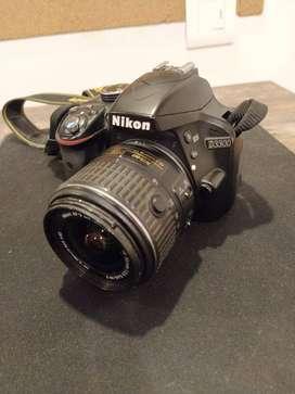 Nikon D3300 + Kit Lens