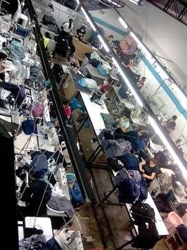 Se Solicitan Operarios para Maquinas de Confeccion Textil