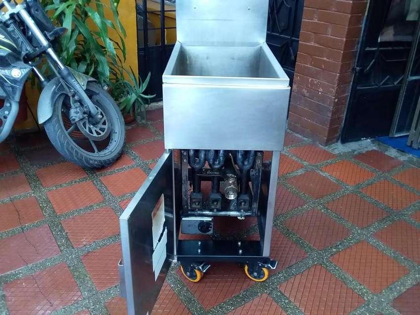 reparamos toda clase de freidoras estufas hornos calefactores a gas 0