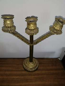 Candelabro bronce antiguo