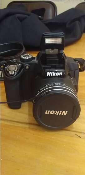 Camara digital compacta, excelente estado, modelo Coolpix P510