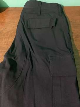 Pantalón anti desgarro