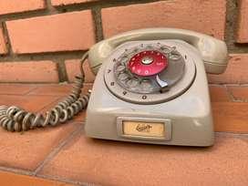 Se venden telefonos antiguos
