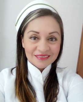 Enfermera Jefe Cuidadora de Adulto Mayor y Niños