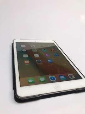 Mini Ipad 16gb  + pro case