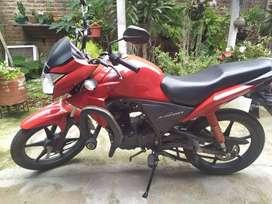 Moto Honda excelente estado