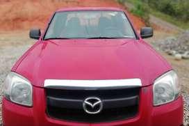 De oportunidad vendo camioneta Bt50 año 2008 a gasolina cuenta con cámara de retro equipo de sonido táctil motor 2200.