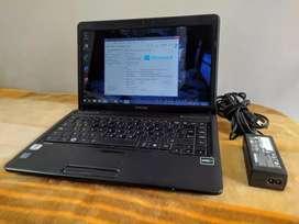 Vendo o cambio Portátil Toshiba C645D Amd Athlon II P320, Ram 4Gb, Disco 500Gb
