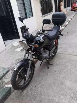 Moto Honda CB125e
