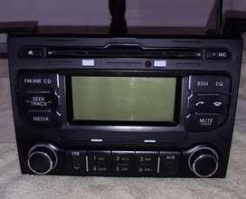 radio y 2 parlantes