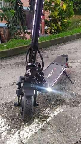 Vendo patineta Electrica Dualtron Mini de Minimotors
