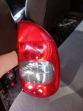 Stop derecho para Chevrolet Corsa
