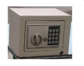 Caja Fuerte Digital 2 Llave De Respaldo 23x17x17 Cms Acero