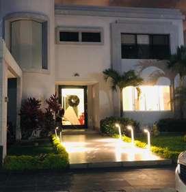Casa en venta en Samborondon 500m2